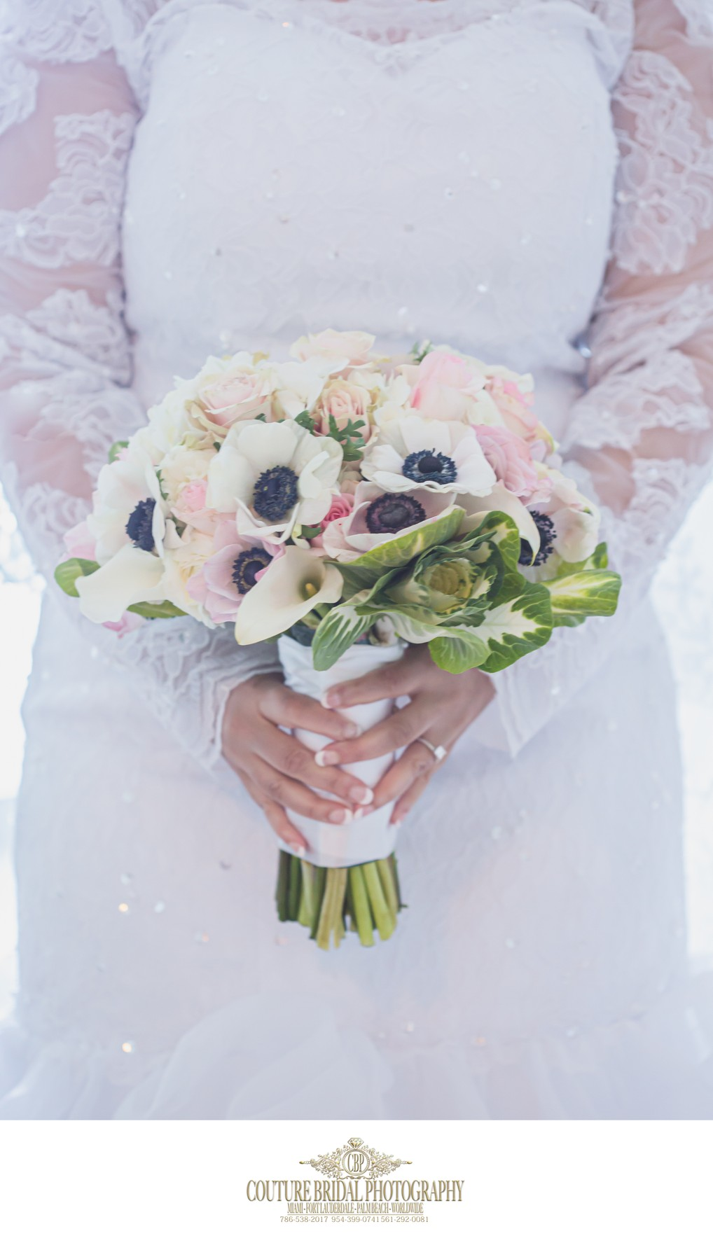 THE BRIDES BOUQUET AND DETAIL WEDDING PHOTOGRAPHY SHOTS