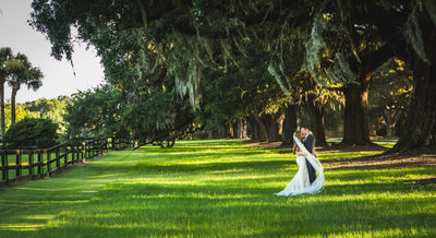 BEST PHOTOGRAPHER BOONE HALL WEDDING PHOTOGRAPHY