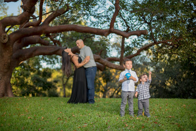 MIAMI ON-LOCATION FAMILY PORTRAIT PHOTOGRAPHY