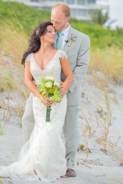 FLORIDA PHOTOGRAPHER WEDDINGS AND BRIDAL PORTRAITS