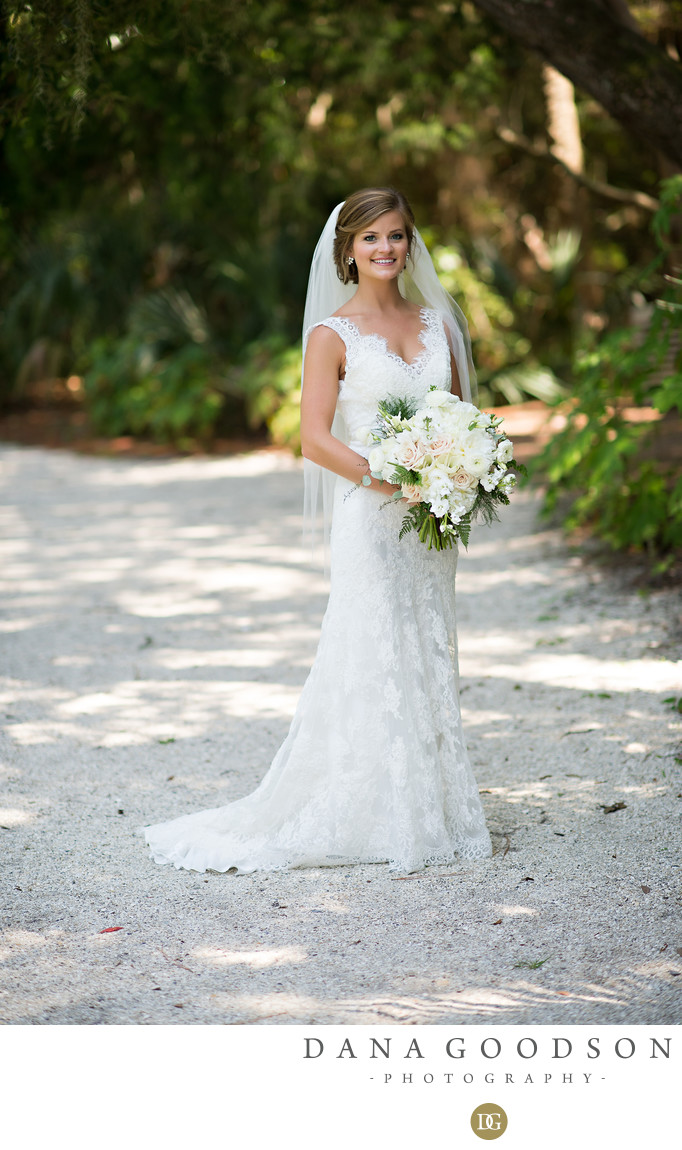 Drummond Park in Amelia Island Plantation bridal portrait
