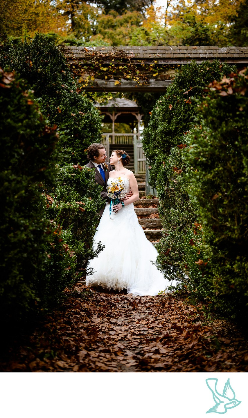 Parque Ridley Creek Bride & Groom Portrait