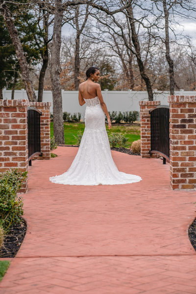 bridal gown salons in dallas