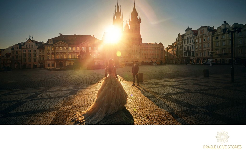 bride & groom Old Town Square Prague at sunrise