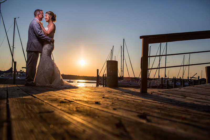 North East River Yacht Club Wedding Photographer