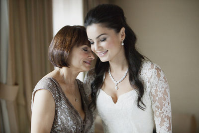 Beverly Hills Hotel Wedding Mother Daughter Moment