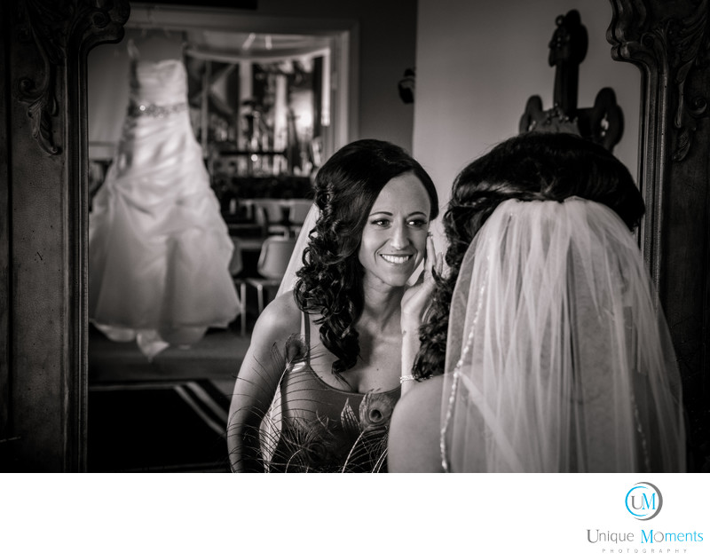 Bride Getting Ready Picture Gig Harbor Photographer