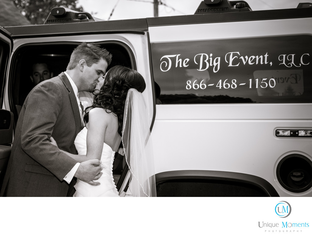 Best Wedding Reception Pictures with a limousine