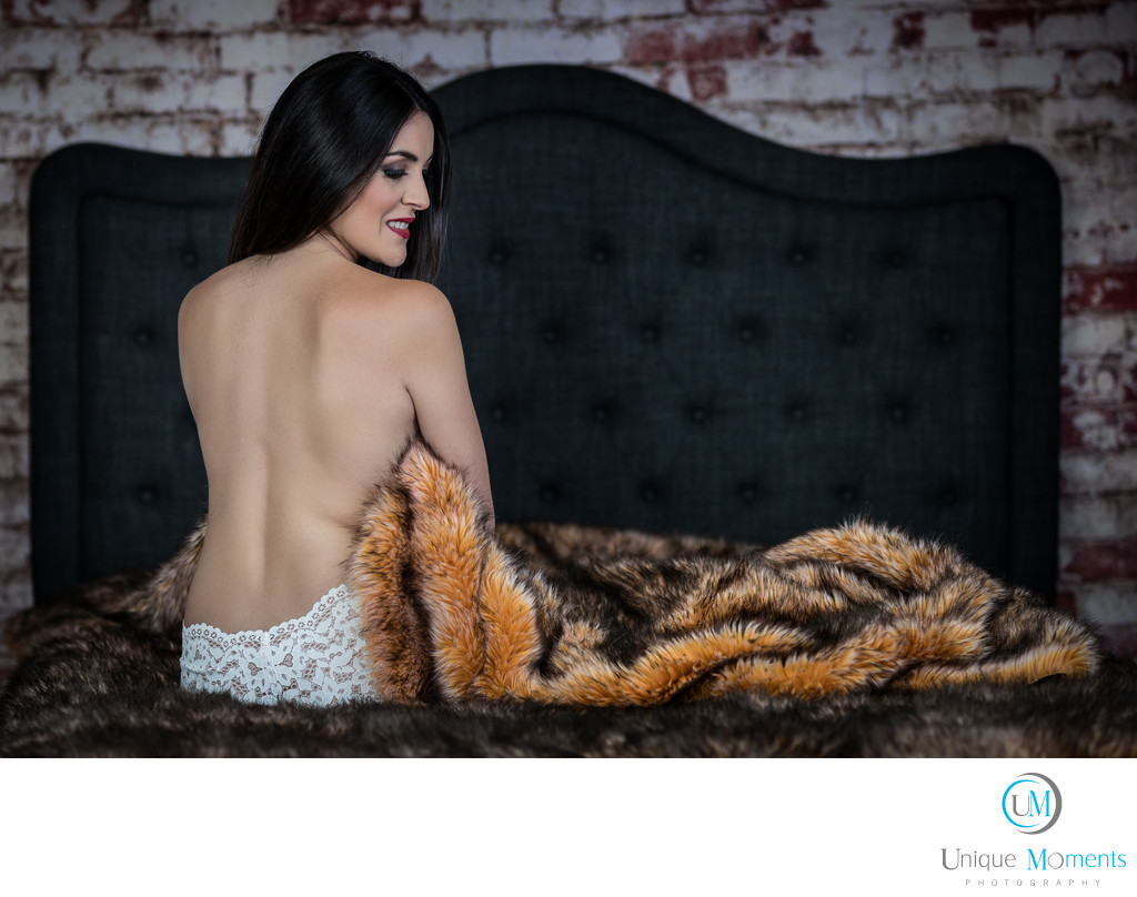 Unique Moments Photography Boudoir Studio