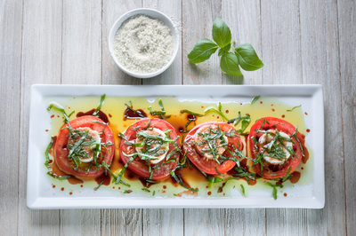 Tomato Caprese Salad with Vegan Cheese