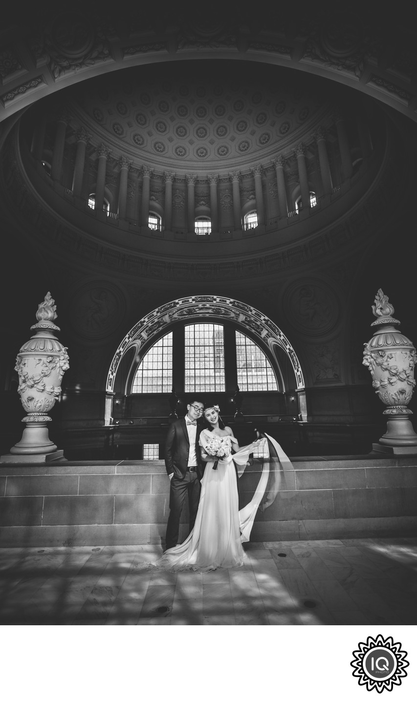 1920's inspired bride at SF City Hall