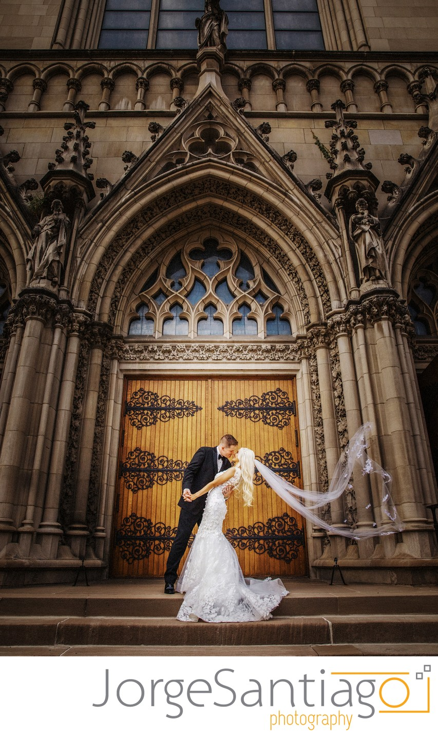 Best rated wedding photographers in Pittsburgh, PA